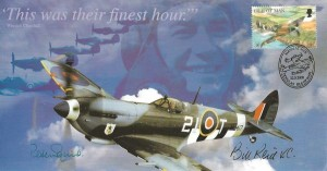 2000 This was their finest hour Commemorative cover, Isle of Man 36p Spitfire stamp, Man at War Douglas Isle of Man H/S, Signed by Bill Reid VC &  Air Chief Marshal Sir Peter Squire
