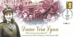 2007 Victory in Europe Dame Vera Lynn The Forces Sweetheart Celebrated her 90th Birthday cover, Royal Mail London WC H/S, Signed by Vera Lynn