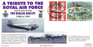1999 Berlin Airlift, £1.04 Label, Official Royal Naval Group FDC, Berlin Airlift a Tribute to the RAF Oakington Cambs. H/S